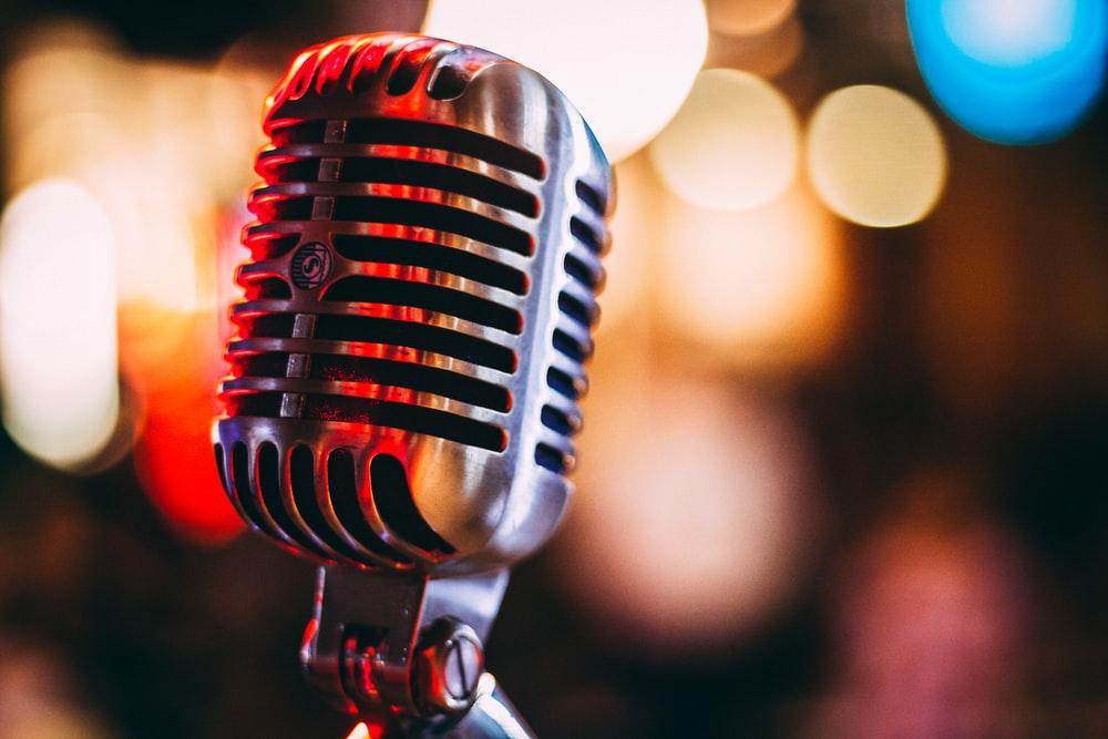 aplikasi karaoke terbaik untuk HP & PC laptop